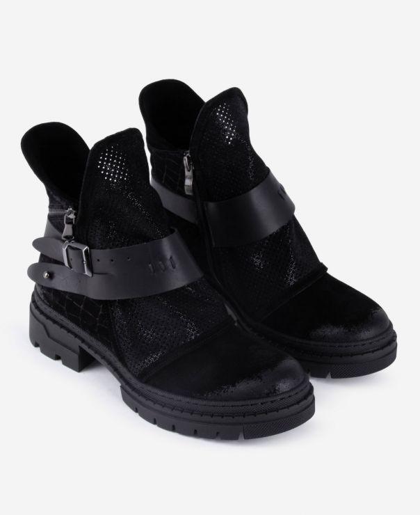 Czarne masywne botki  8107-W003-i800